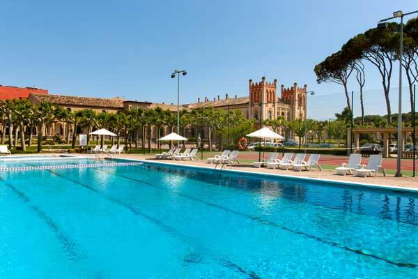 Evadium oferta oferta escapada relax 3 con spa en balneario vichy catal n en la costa brava - Piscina en catalan ...