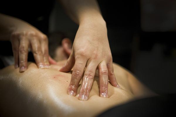 local masaje pecho